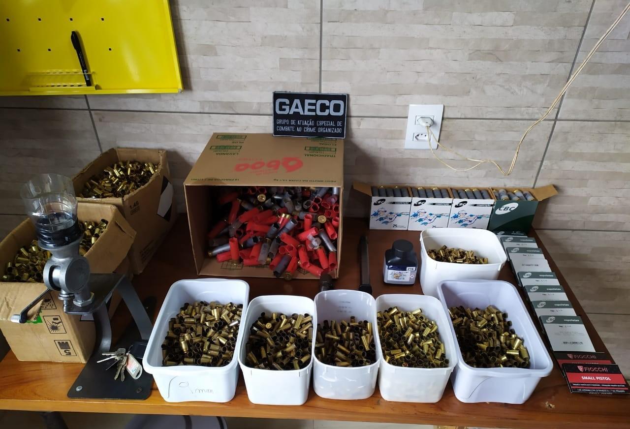 Gaeco investiga comércio ilegal de munições e estande de tiro clandestino