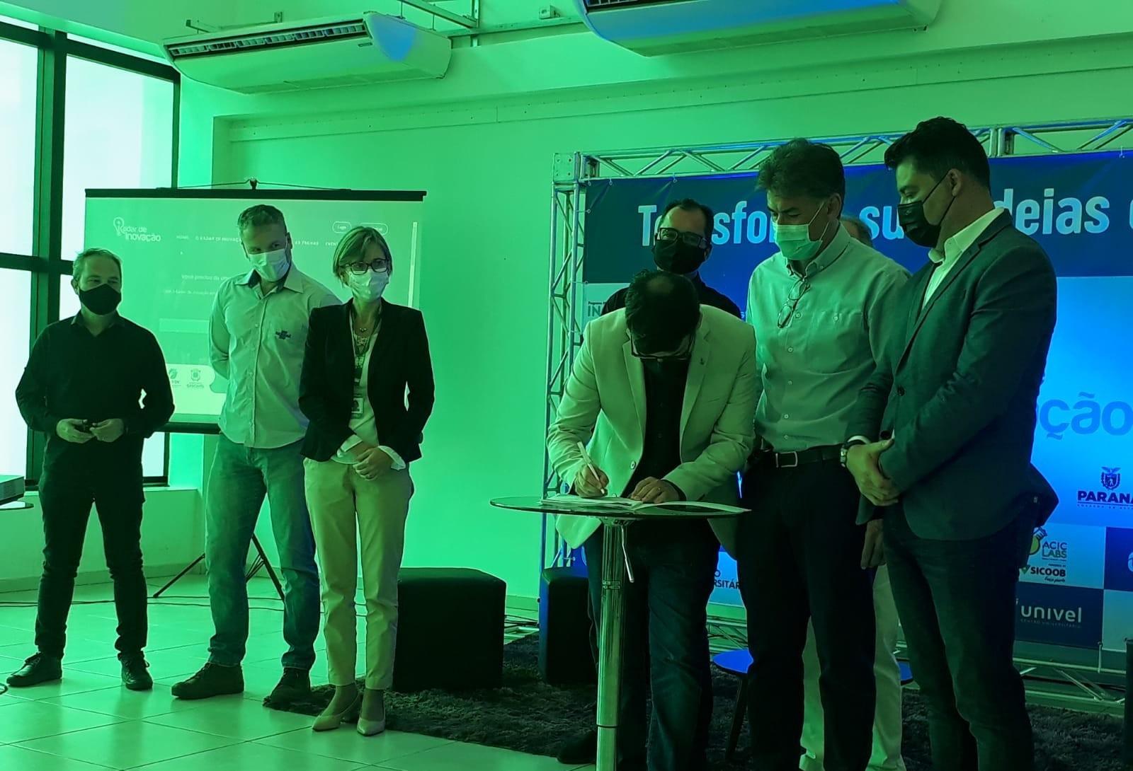 Edital Radar de Inovação é assinado em Cascavel