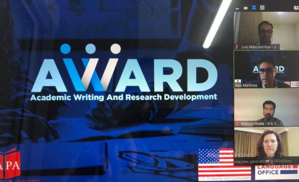 Governo articula criação de centros de escrita acadêmica em universidades públicas