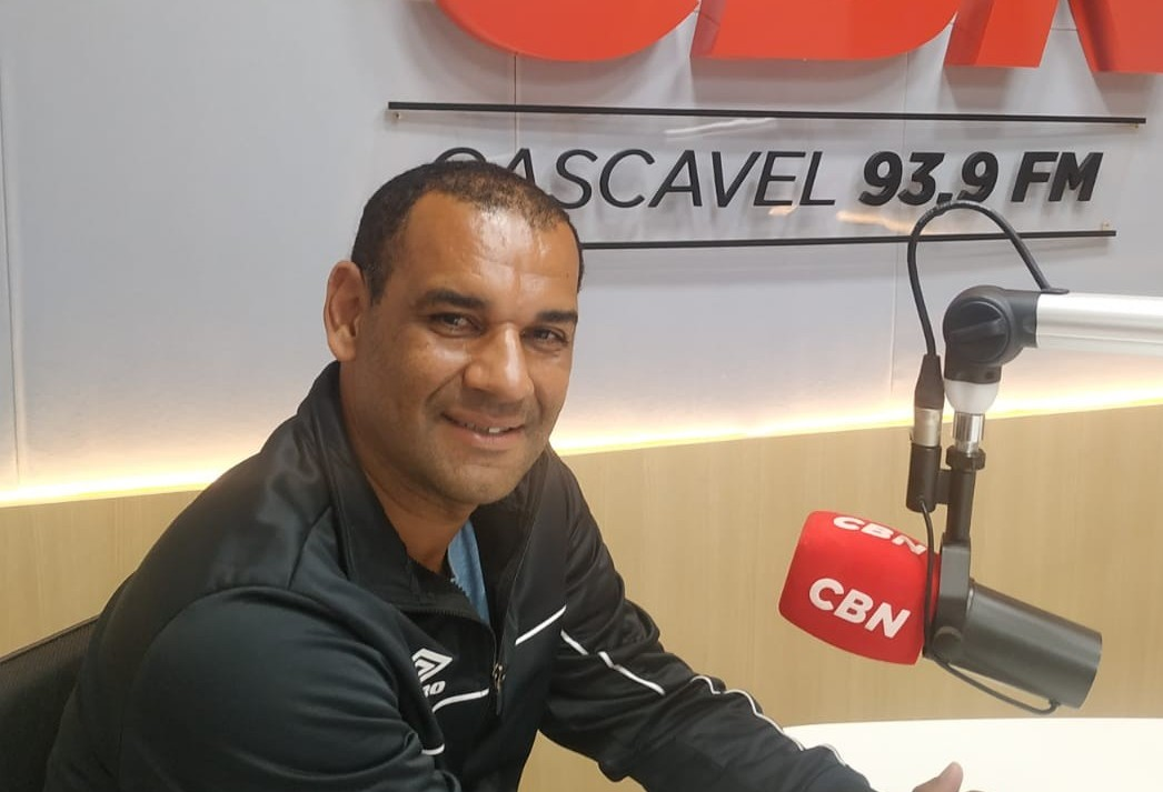 Ex-jogador do Cascavel destaca projeto social com crianças de sete a quinze anos