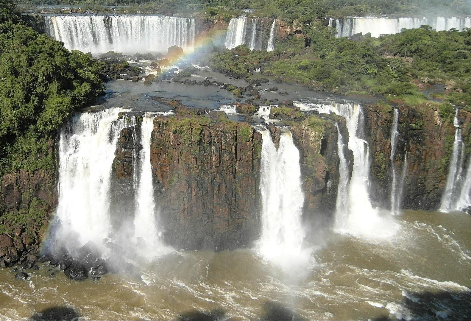 Feriado prolongado  amplia visitação aos atrativos de Foz do Iguaçu
