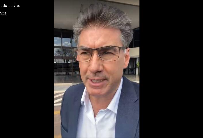 Prefeito de Cascavel entrega projetos e emendas para deputados em Brasília